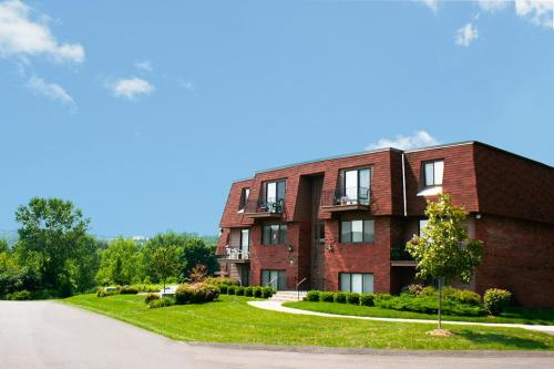 Brunswick Apartments Photo 1