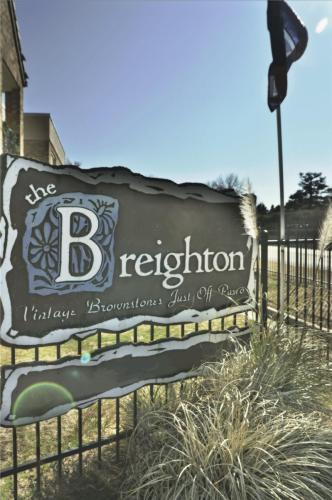 The Breighton Photo 1