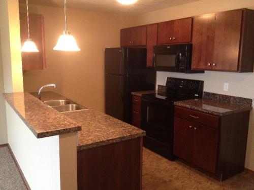 Prairie Vista Apartments Photo 1