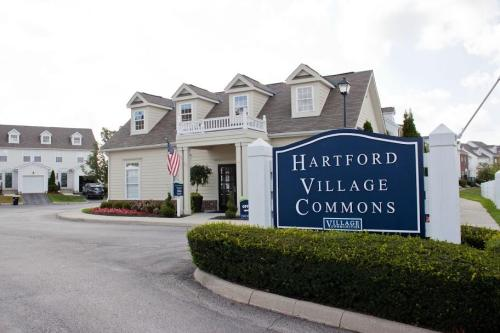 Hartford Village Commons Photo 1