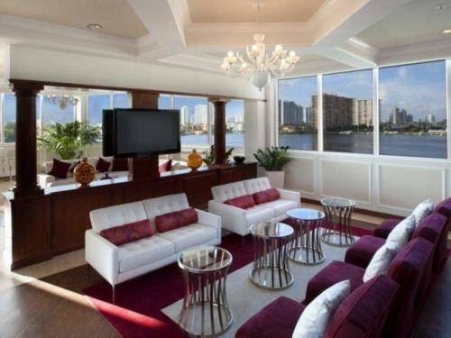 Intracoastal Yacht Club Photo 1