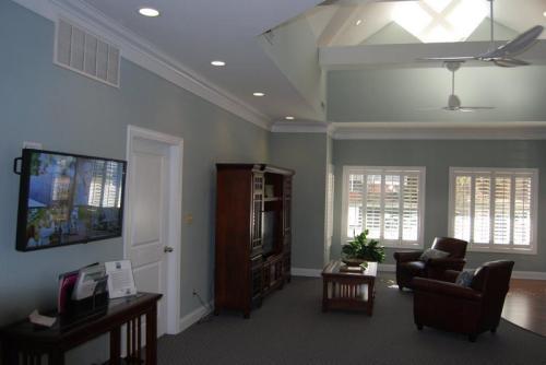 Argyle Place Apartment Homes Photo 1