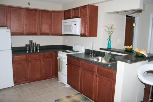 City Lofts Apartments is filling up fast! Act now! Photo 1