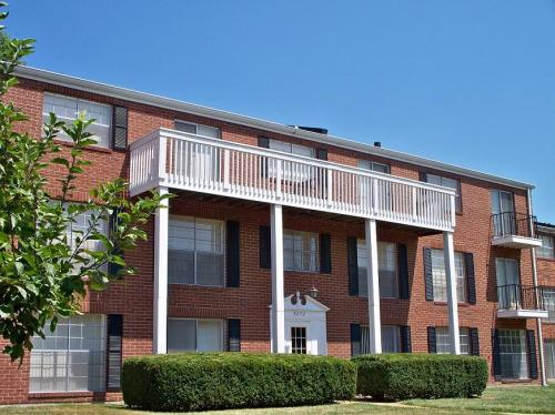 Southwoods Apartments Photo 1