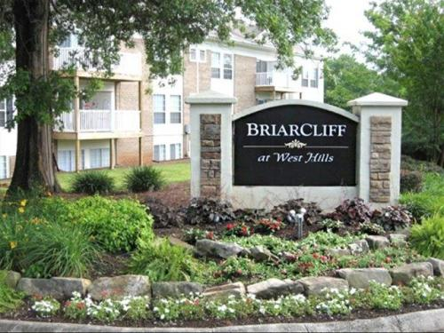 Briarcliff at West Hills Photo 1