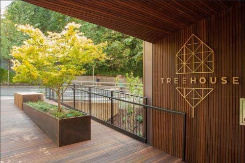 Treehouse Photo 1