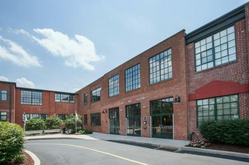 Silk Factory Lofts Photo 1