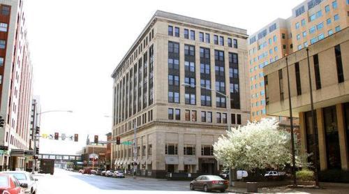 Union Apartment Building - No Vacancy Photo 1
