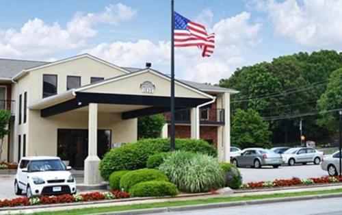 Executive Lodge Photo 1