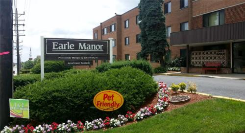 Earle Manor Apartments Photo 1
