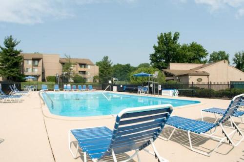 Whitney Ridge Apartments Photo 1