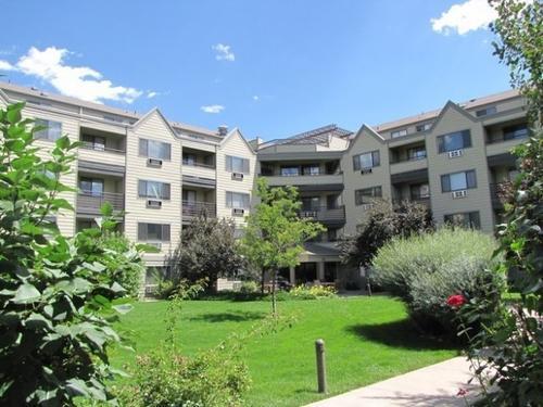The Hub Apartments Photo 1