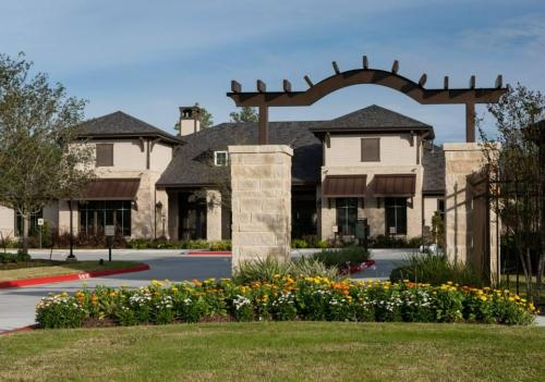 Ten Pines at Summerwood Photo 1