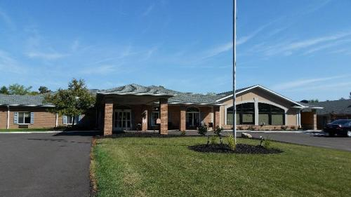 The Briarwood- Senior Community Photo 1
