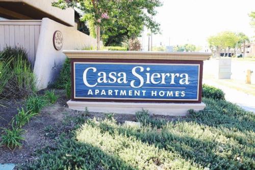 Casa Sierra Apartment Homes Photo 1