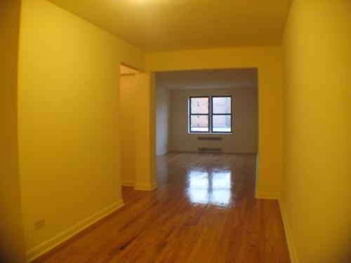 Renovated Jr.4(Not 2BR) apartment for rent in J... Photo 1