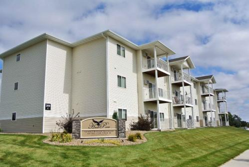 Hawke Pointe Apartments Photo 1