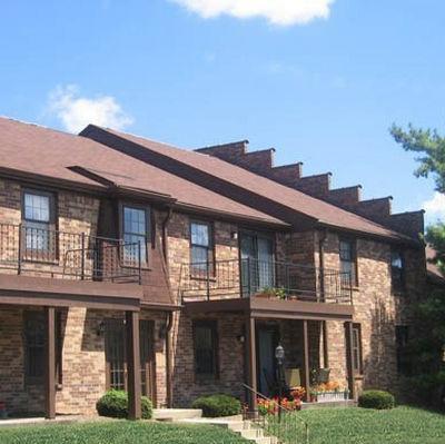 Woodland Springs Manor Photo 1
