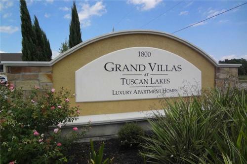Grand Villas at Tuscan Lakes Photo 1