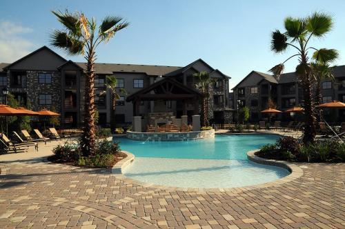 Greystone Apartments Photo 1
