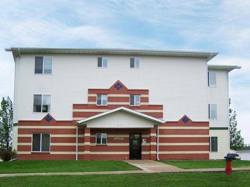 The Meadows Apartments Photo 1