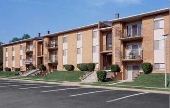 Cub Hill Apartments Photo 1