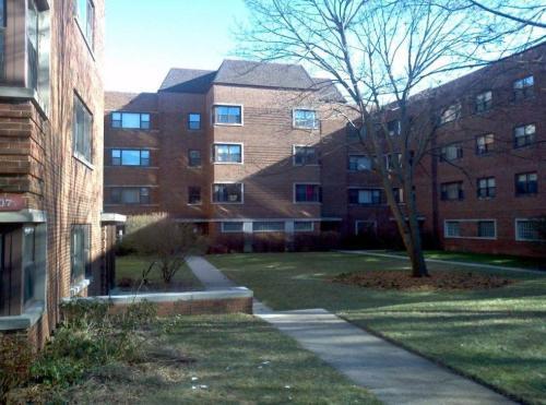 549-607 Sheridan Rd Photo 1