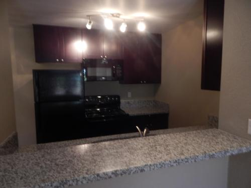 Hourglass Park Apartments Photo 1