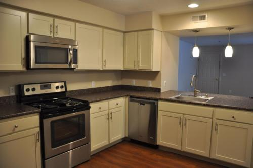 Stone Farm Apartments Photo 1