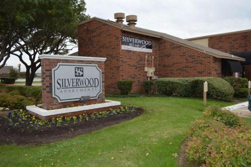 Silverwood Apartments Photo 1