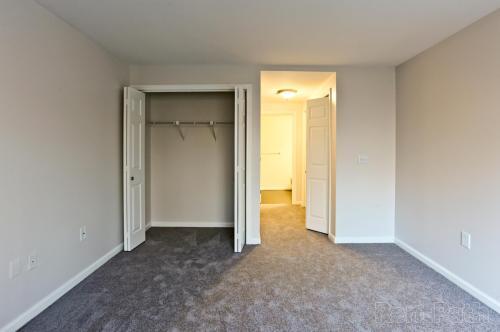 Carisbrooke Apartments Photo 1