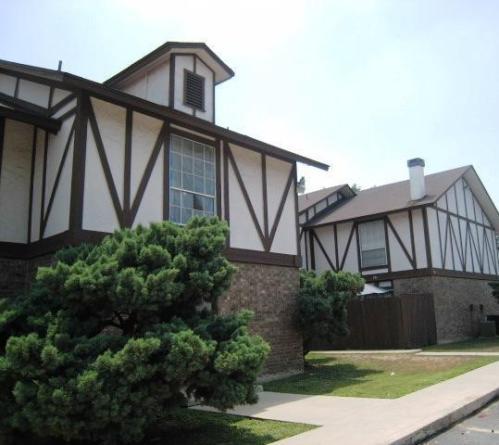 Woodbury Place Photo 1