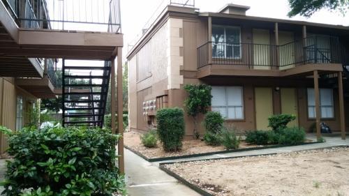 Astoria Apartment Homes Photo 1