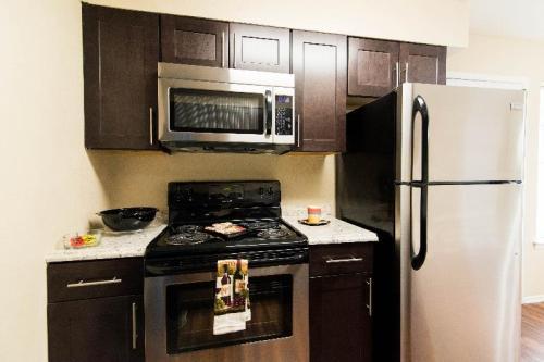 Tradewind Apartments Photo 1