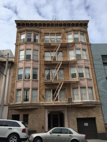 1840 Sacramento Street Photo 1