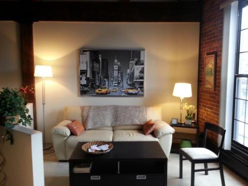 Union Place Apartments Photo 1