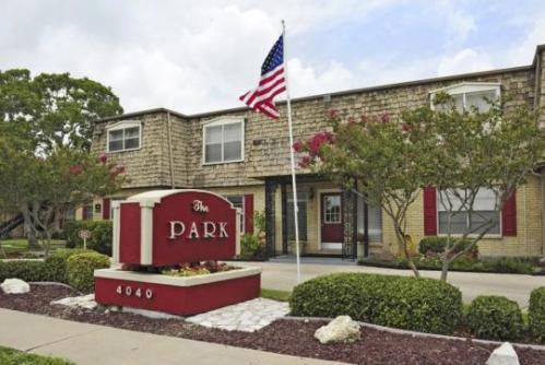 Park Apartments Photo 1