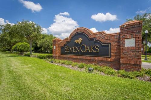 Windsor Club at Seven Oaks Photo 1
