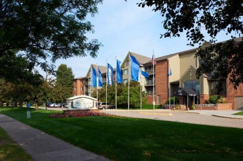 The Burlington Apartments Photo 1