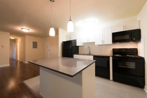 Rittenhouse Apartments Photo 1