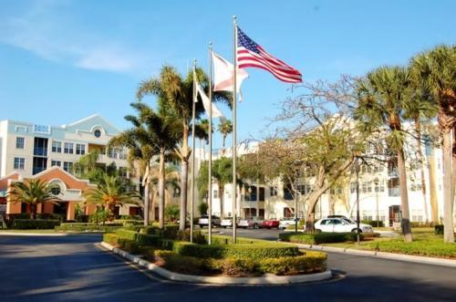 Stratford Court of Boca Pointe - Senior Living Photo 1
