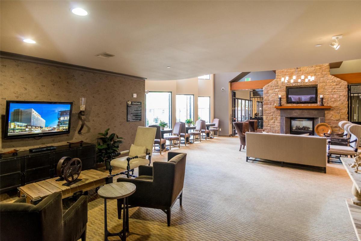Lugano Cherry Creek Luxury Apartments At 9601 E Iliff