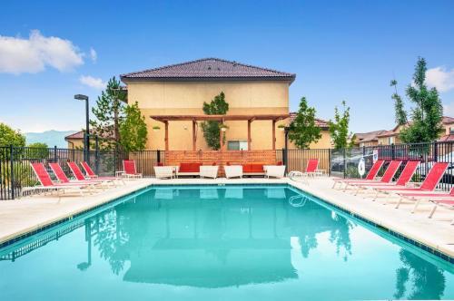 The Resort at Sandia Village Photo 1