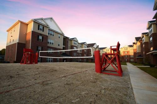 2909 Oliver Apartments - Student Housing Photo 1