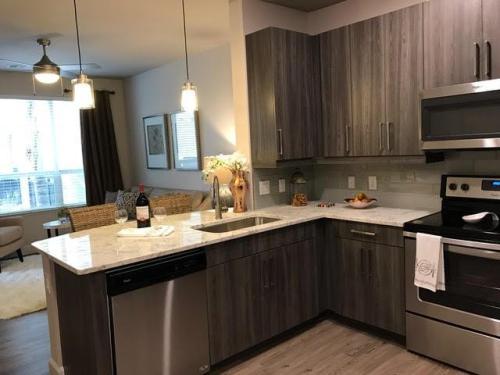 Everlee Apartments Photo 1