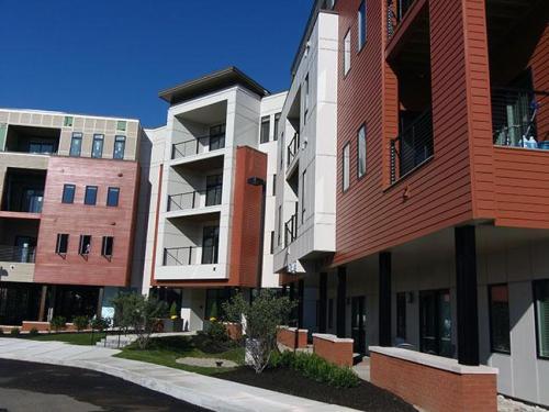 2 West Ave Photo 1