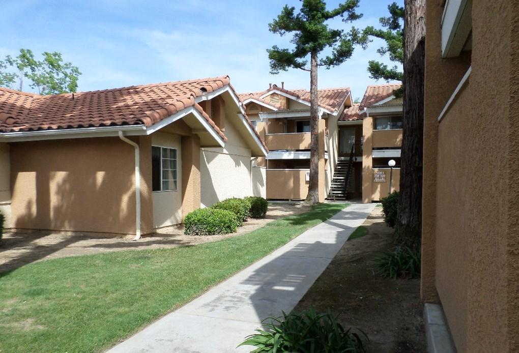 Ross Garden Apartments
