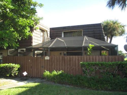 Renovated 2/2 Town home for rent Photo 1