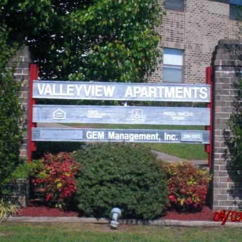Valley View Apartments Photo 1