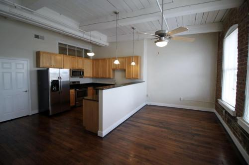 Broadway Apartments Photo 1